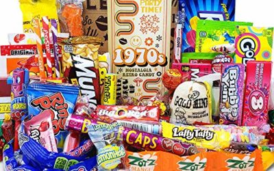 VINTAGE CANDY CO. 1970s RETRO CANDY GIFT BOX – 70s Nostalgia Candies – Flashback SEVENTIES Fun Gag Gift Basket – PERFECT '70s Candies For Adults, College Students, Men or Women, Kids, Teens
